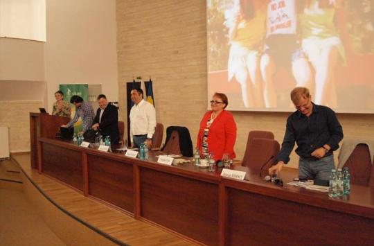 "5 antreprenori fata in fata cu liceenii si studentii din Sibiu  la ""Vreau sa fiu antreprenor"""